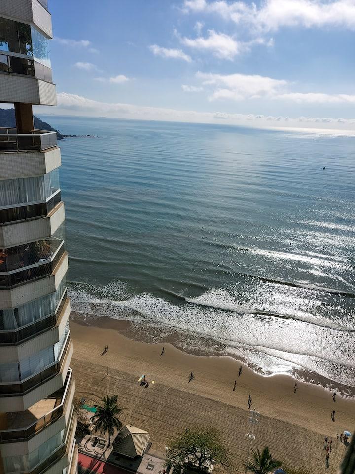 Apartamento completo com vista para o mar em BC
