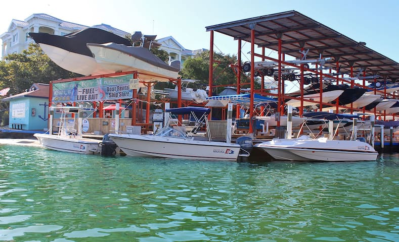 Boat and Wave Runner Rentals Nearby
