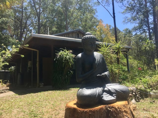 'SHYAMBABA RETREAT' Bellingen. 'Bunda' Room 3.