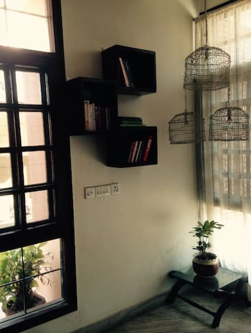 Cute and Personal room with balcony - Saharanpur  - Casa