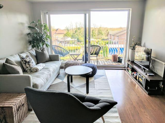 East Croydon sunny modern double bed with balcony! - Croydon - Byt