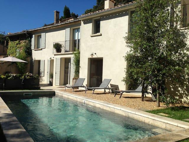 """Ménerbes Luberon, Maison de village """"Chez Julius"""" - Ménerbes"""