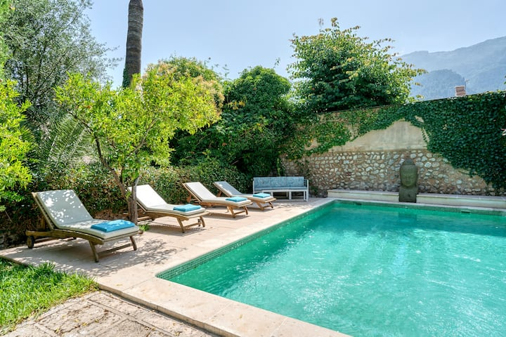 Villa en centro de Sóller con piscina y párking