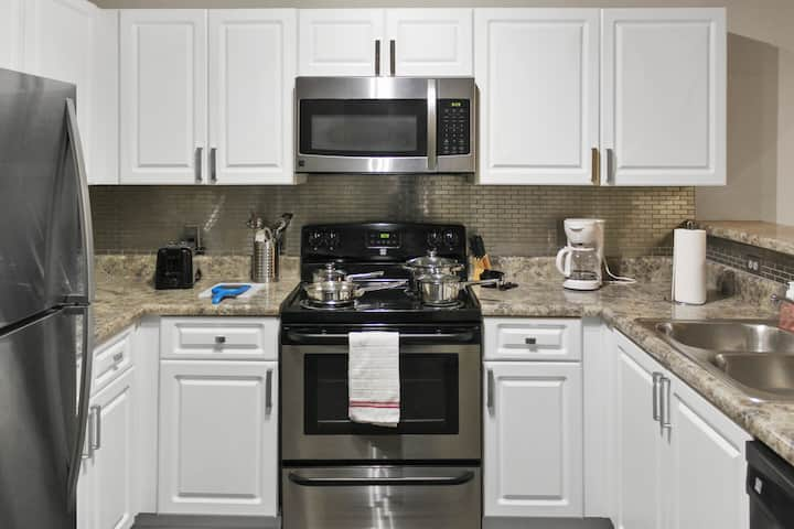 Beautiful Lawrenceville Apartment 1bed/1bth