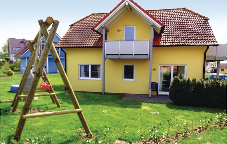 Holiday apartment with 2 bedrooms on 65m² in Boiensdorf