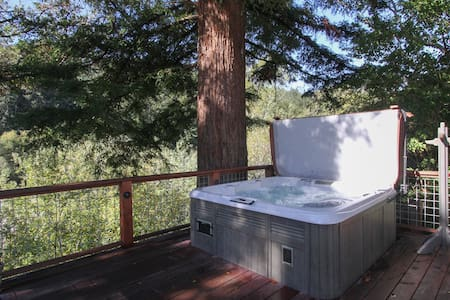 Zin & Zen Riverfront Retreat  - Guerneville - Casa