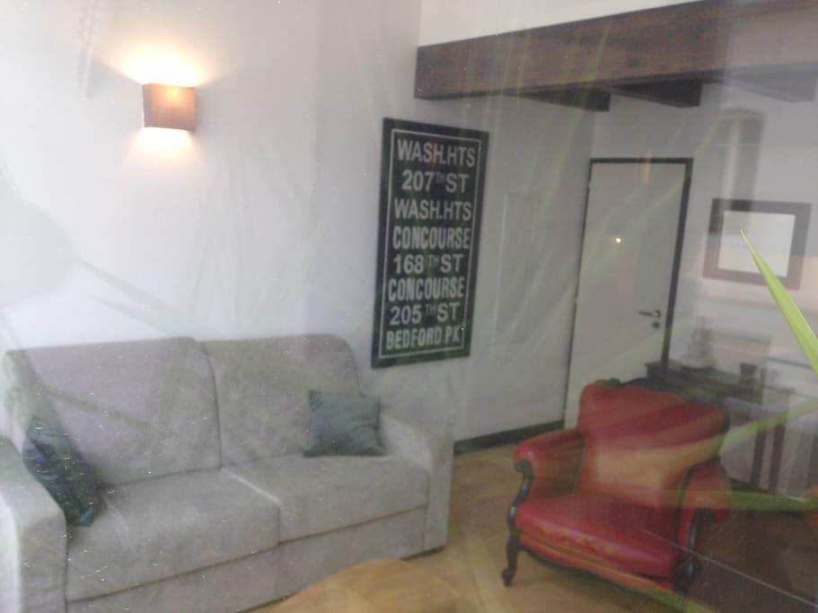 loft cosy centre ville la rochelle lofts louer la rochelle poitou charentes france. Black Bedroom Furniture Sets. Home Design Ideas