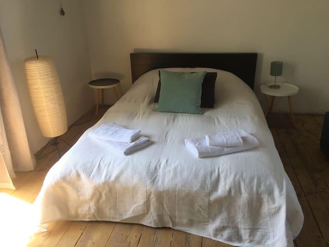 Chambre double1- Axe Rennes-St Malo-proche écluses