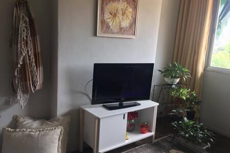 APAR. MOB. 2 QUARTOS  C/ WI-FI  TV A CABO, FONSECA