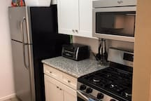 Newly Remodeled Kitchen with all new stainless appliances Jan 2017