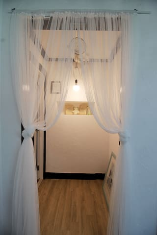 몽산포항의 거실분리형 커플룸