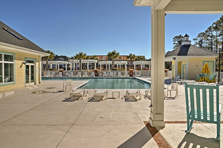 Community amenities include indoor and outdoor pool and fitness center!