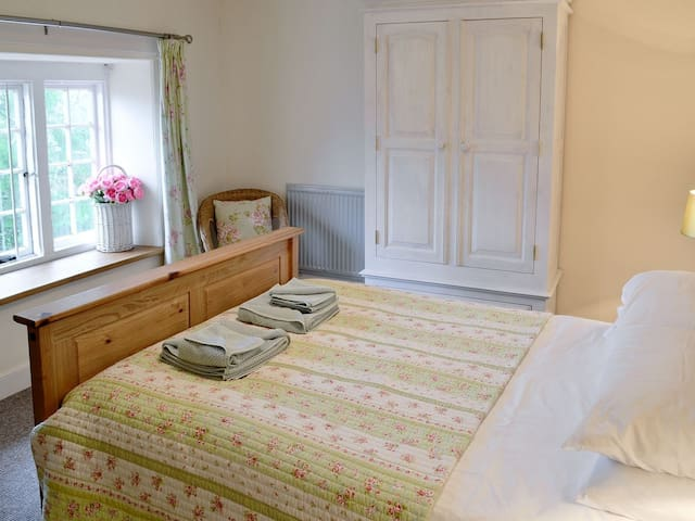 The Primrose room with Kingsize Bed