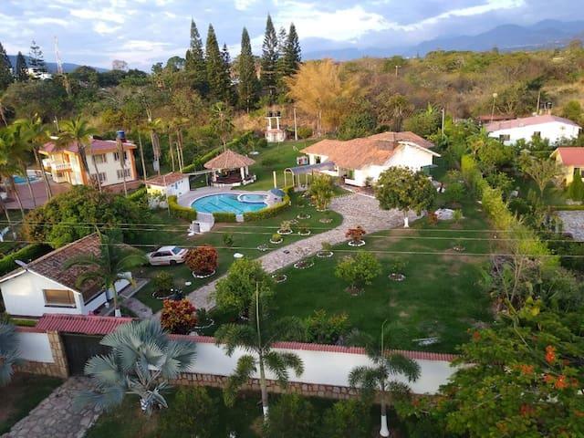 Villa Maria José. Chinauta cund.