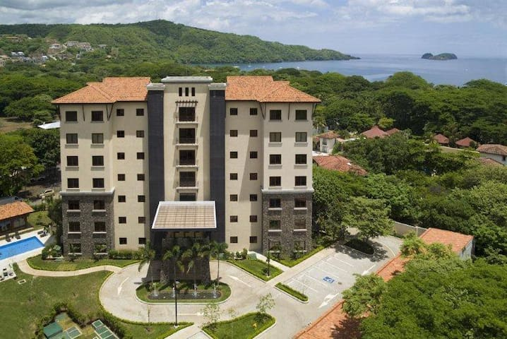 Playa Hermosa Luxury 3 BR Apartment