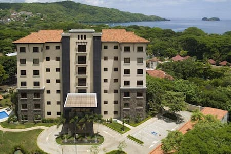 Playa Hermosa Luxury 3 BR Apartment