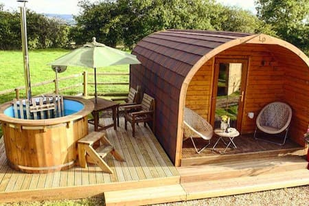 Mountain View Glamping