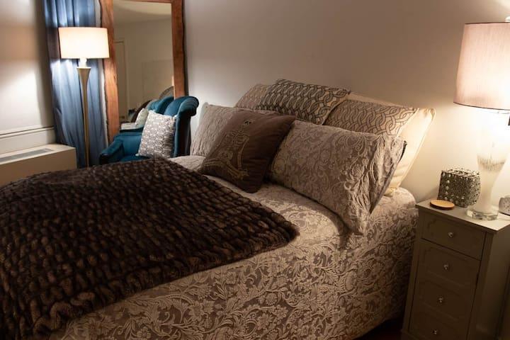 Master Bedroom in Luxury Building