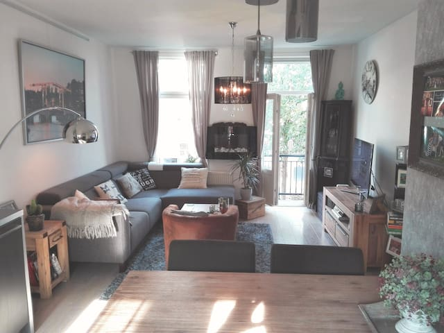 Beautiful, cosy apartment in bubbly Amsterdam East