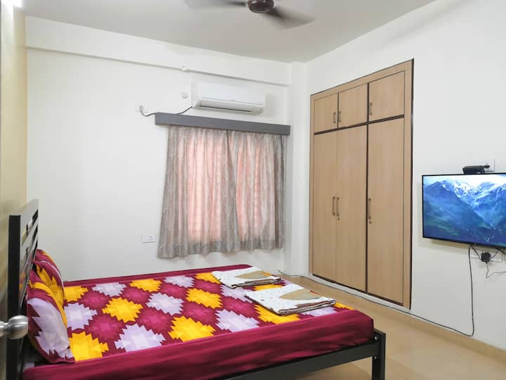 Shrivardhan Homestay Ground Floor Room G003