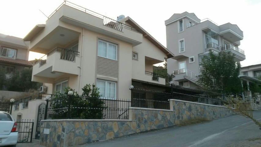 Urla-İskele'de haftalık kiralık - İzmir, TR - Rumah