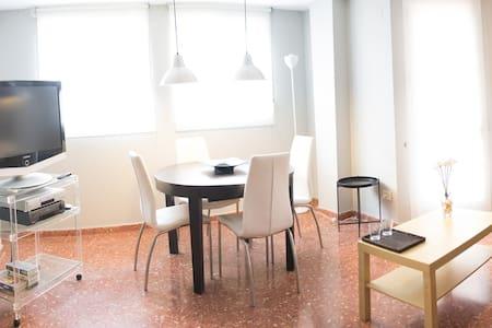 Moderno y funcional apartamento en Playa Pinedo