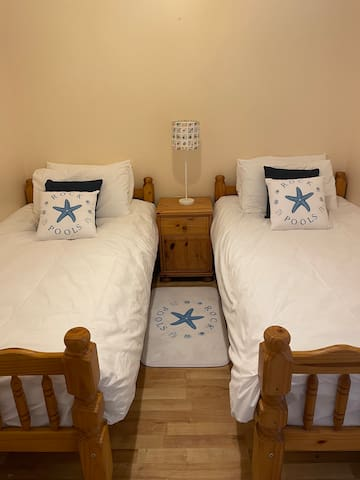 Comfortable twin beds