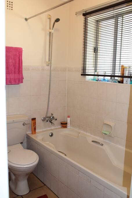A clean bathtub