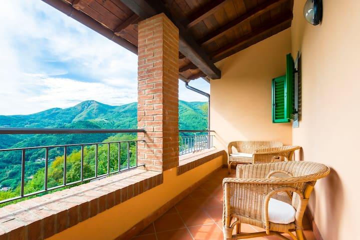 Tranquilla casa con vista sui monti - Cutigliano - Apartamento