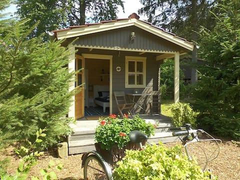 3 Holzhütten mitten in der Natur -Das Strandhaus