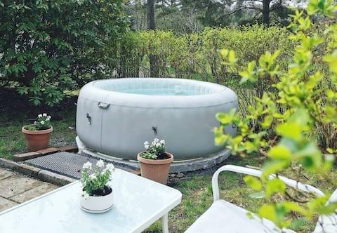 Hütte mit Whirlpool