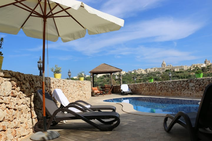Gozo A Prescindere Bed & Breakfast (5)