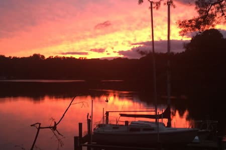 Waterside Sanctuary (4 Ur Soul) @ White Sands! - Lusby - Bungaló