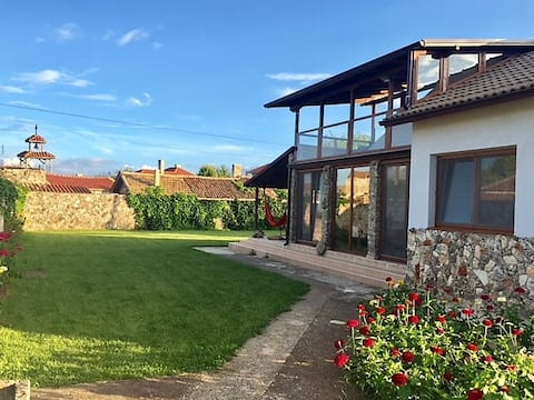Villa Musika, summer house