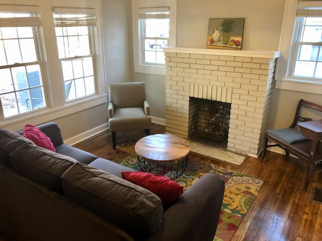 LOCATION & CHARM! - - 2 Blocks from Plaza Midwood!