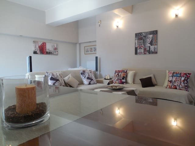 modern apartment elli - Kalamata - House