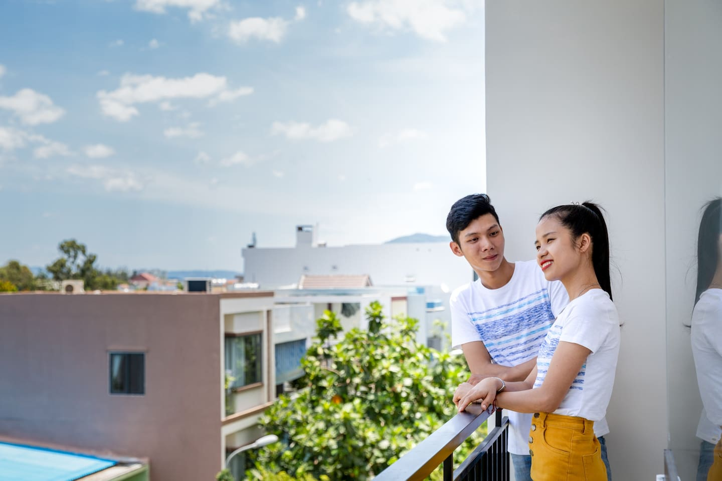 The studio with balcony is very beautiful and fresh. You can see everything in the city. Every night you can seat here to drink a lot of coffee or tea. Is it perfect? You can also clothesline here.