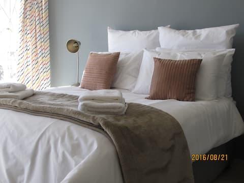 Comfortable in Aus - Room 3