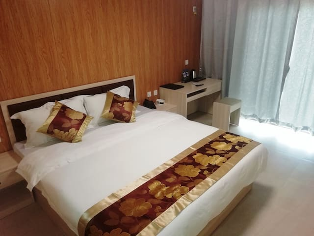 Double Bed Room with Harbour View & Balcony