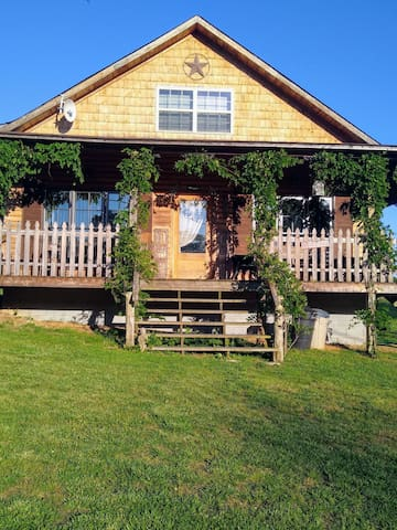 Sunnybrook Cypress Cabin Exquisite country view!
