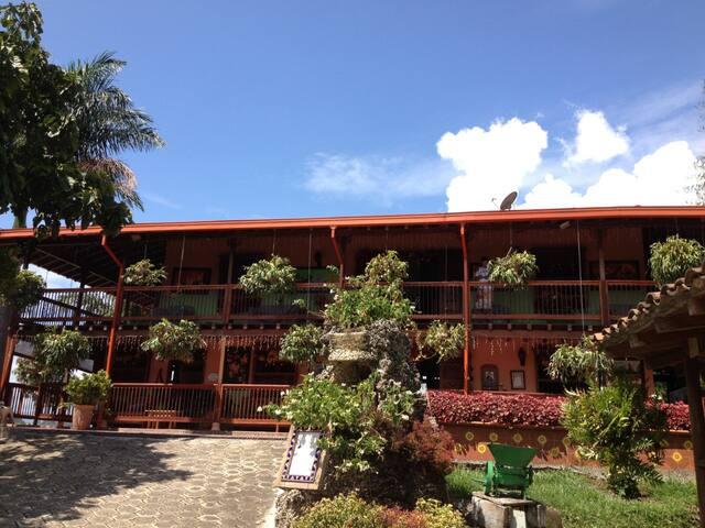 Hacienda La Alquimia