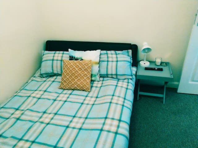 Double room, free WiFi, smart lock- self check in