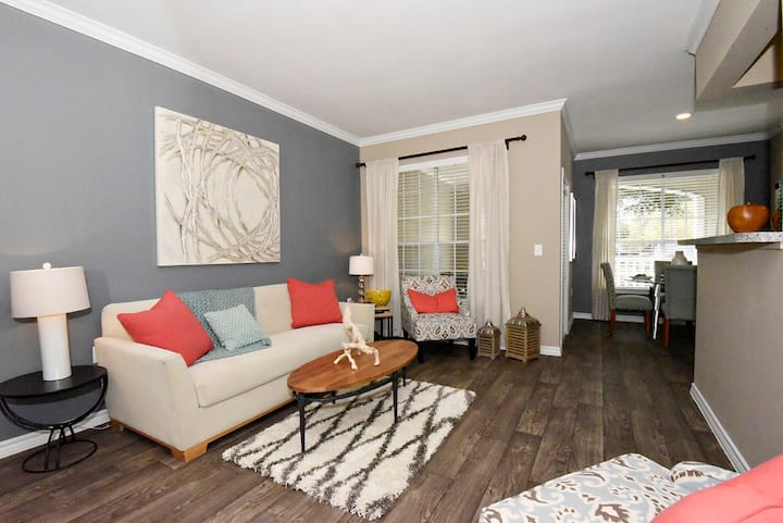 Well-kept apartment home | 2BR in Kingwood