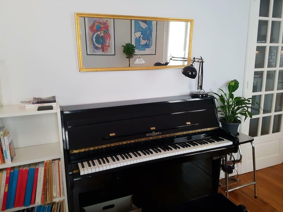 Piano Schimmel avec système Silent.