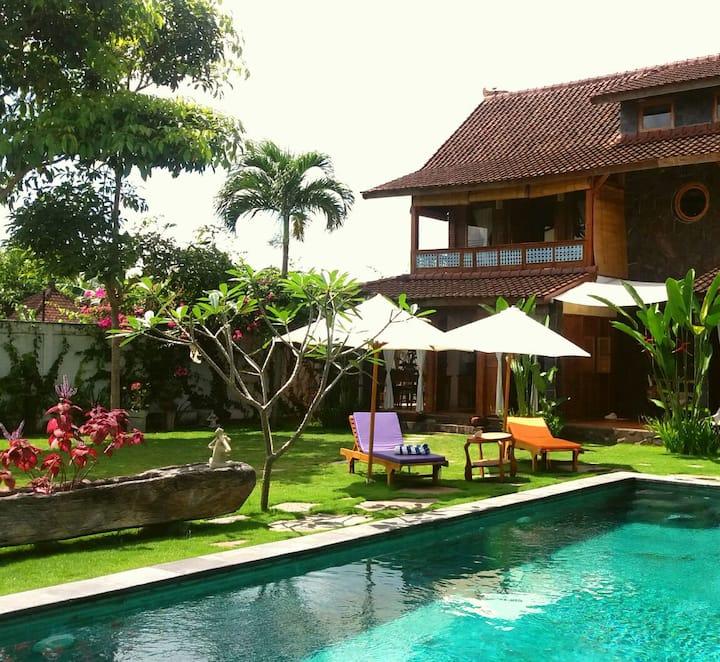 Luduzen Rumah Satu, house with 1 bedroom in Canggu