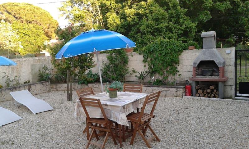 Studio neuf avec jardin en Camargue - Saint-Laurent-d'Aigouze - Vacation home