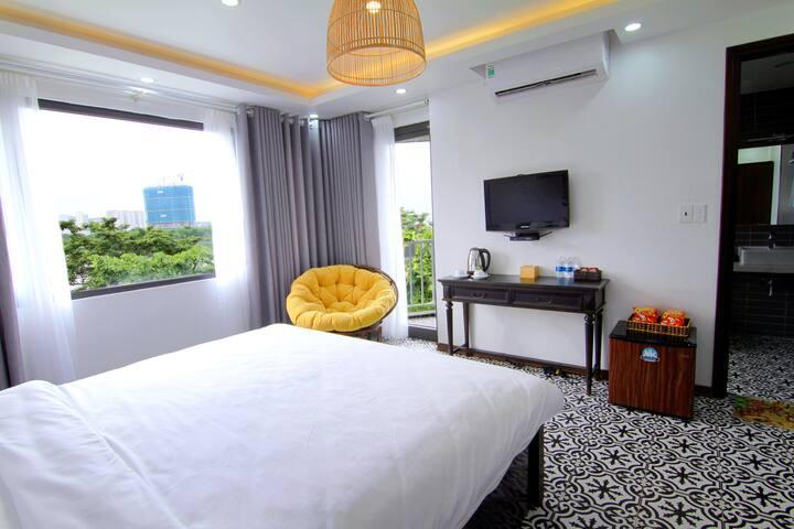 BRAND NEW ROOM W/Balcony302★OCEAN VIEW★HUGE WINDOW