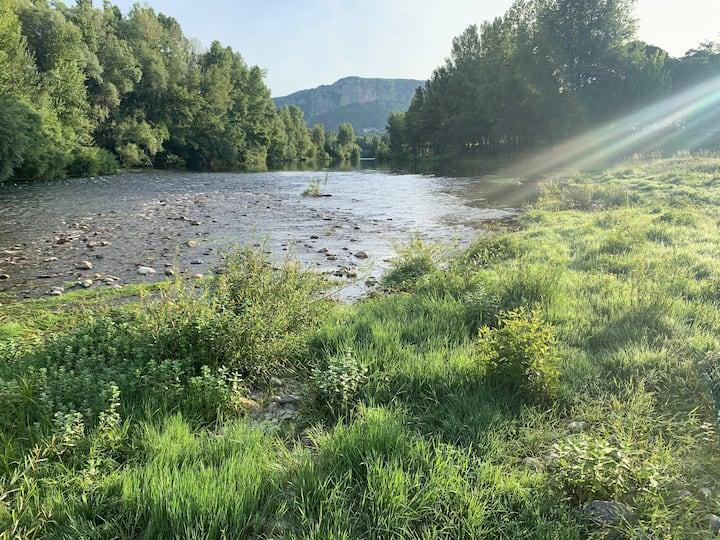 Charmant gîte rural de 55m2 à 50 M de la rivière