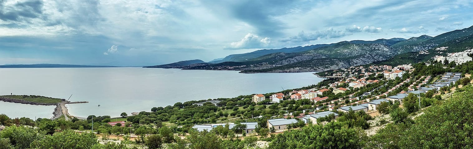Seaside Apt. For Relax And Pleasure - Klenovica - Apartment