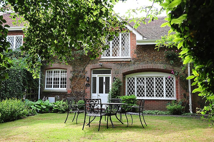 The Coach House (Sandringham) - Sandringham - Hus